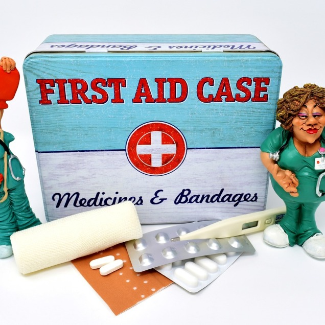 first-aid-3082670_1280
